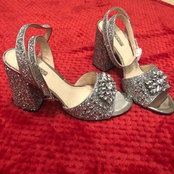 32f7e5fe58 Topshop Shoes   Nwt Razzle Heels   Poshmark